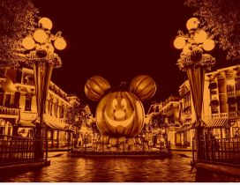 Big pumpkin in the city - Mickey Mouse