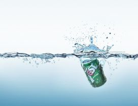 Sweet soda splash in the cold water - HD wallpaper
