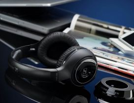 New technology - Smartphones and headphones