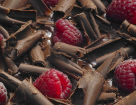The most amazing desert - Chocolate with raspberries