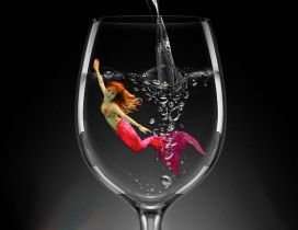 Red Mermaid in a glass of water - HD wallpaper