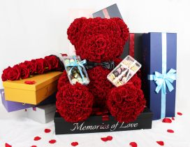 Bear made from red roses - Pure Love on Valentines Day