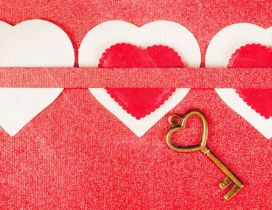 Three loving hearts with one key - Try it and discover love