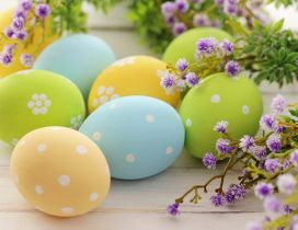 Wonderful painted Easter eggs and purple flowers