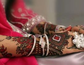 Wonderful Bridal Mehndi Indian style - Wedding time henna