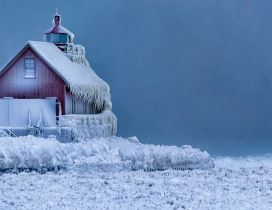 House on ice - Wonderful Winter season